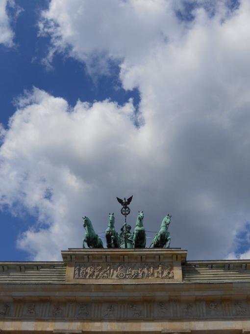 Brandenburg_Tor_03