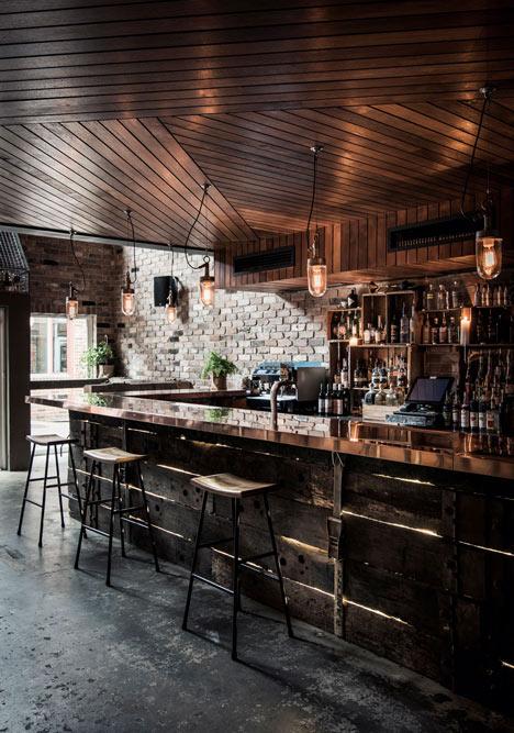 Donnys-Bar-in-Manly-by-Luchetti-Krelle_dezeen_1