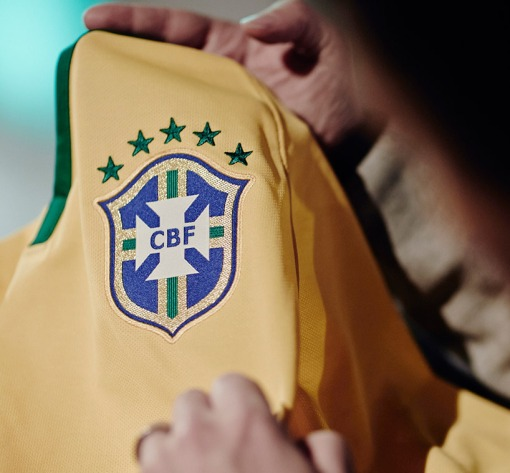 martin_lotti_Nike_Brazil-Shirt-2014_07