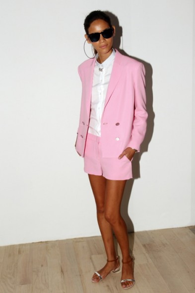 spring-2012-pink-shorts-suit-393x590
