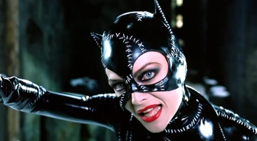Michelle-Pfeiffer-Catwoman-1992