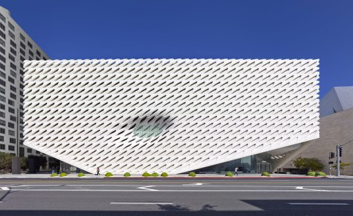 01_the-broad