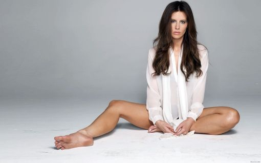 112663-kate-beckinsale-feet-these-hotties-are-10-of-the-sexiest-british-actresses-on-the-planet-jpeg-286384