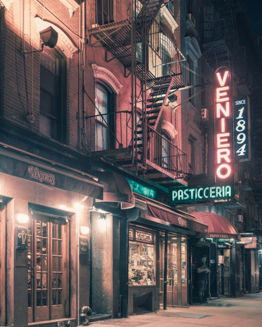 franck-bohbot-light-on-the-color-of-the-night-photography-designboom-05