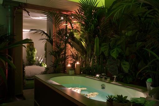 airbnb-pantone-outside-in-house-greenery-london-designboom-013