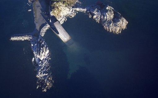 underwater-restaurant-under-snohetta-norway-8-59fc1bf5bcc95__880