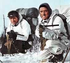 Kirk Douglas and Richard Harris - Heroes of Telemark